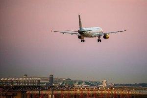 Foto: Vueling operarà 320 rutes i 160 destinacions aquest any, el triple que el 2010 (EUROPA PRESS)