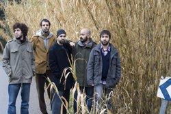 Foto: Mazoni comença la gira dels seus deu anys al Festival Strenes de Girona (ALBA YRUELA)