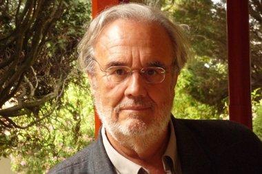Foto: Gutiérrez Aragón, nuevo académico de la RAE (RAE)