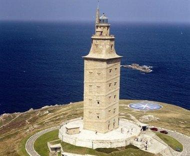 Foto: La Torre de Hércules celebra el Día de los Monumentos con una jornada de puertas abiertas (EUROPA PRESS)
