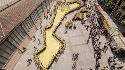 Foto: 500 persones celebren una 'plantada' per reivindicar el paper del català (PLATAFORMA PER LA LLENGUA)