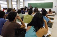 Foto: Espanya, líder de la UE en abandonament escolar prematur amb una taxa del 21,9%, segons l'Eurostat (EUROPA PRESS/UPO)