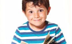 Foto: Sant Jordi.- CatalunyaCaixa repartirà 12.000 contes a nens que són clients  i compleixen 6 anys (CATALUNYACAIXA)