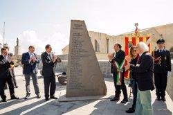 Foto: Barcelona i L'Alguer homenatgen Salvador Espriu amb una escultura (MARCO FIORE / ICUB)