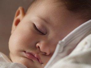 Foto: El riesgo al bisfenol A en recién nacidos puede ser menor de lo pensado (FLIKR/RAHEGO)