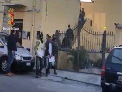 Foto: La cèl·lula d'Al Qaeda a Itàlia podria estar planejant un atemptat al Vaticà (POLIZIADISTATO)