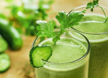Foto: Los beneficios de los zumos de vegetales (GETTY//DERKIEN)