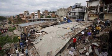 Foto: La cifra de muertos por el terremoto en Nepal aumenta hasta los 1.457 (REUTERS)