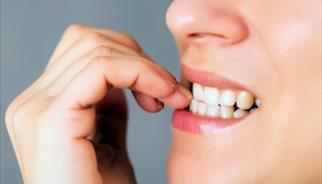 Morderse las uñas, onicofagia, nervios, ansiedad, dientes