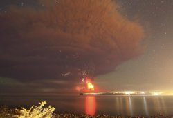 Foto: Disminueix l'activitat del volcà Calbuco, però preocupen les cendres (STRINGER CHILE / REUTERS)