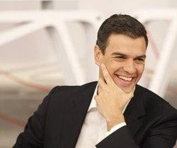 Foto: Pedro Sánchez proposa equiparar el sou de treballadors contractats i subcontractats (PSOE)
