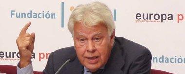 Foto: González: Nunca habría aceptado la marcha de Chaves y Griñán como condición (EUROPA PRESS/E.BRIONES)