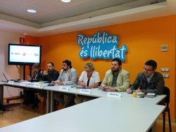 Foto: ERC, MES i Avancem signen un acord municipal de l'esquerra catalanista (EUROPA PRESS)