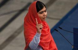 Foto: Condemnen a 25 anys de presó deu talibans relacionats amb l'atac contra Malala (SUZANNE PLUNKETT / REUTERS)