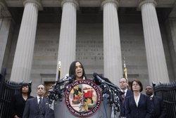 Foto: En llibertat sota fiança sis policies processats per la mort de Gray (ADREES LATIF / REUTERS)