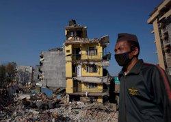 Foto: La xifra de morts sobrepassa les 7.000 persones (DANISH SIDDIQUI / REUTERS)