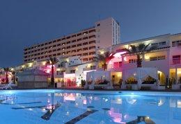 Foto: Hard Rock Hotel Ibiza y Ushuaïa Ibiza Beach Hotel, nominados en los Muchoticket Awards 2015 (CEDIDA)
