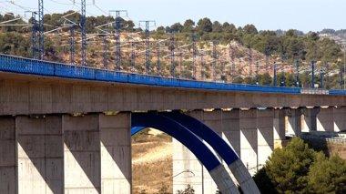 Foto: ACS y Ferrovial se adjudican contratos de AVE por 34,7 millones (ADIF//ALONSO SERRANO)