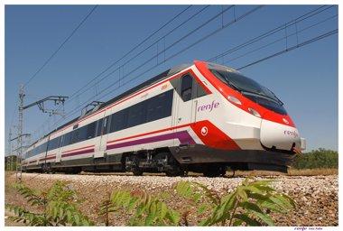Foto: Pastor anuncia una inversión de 1.257 millones en Cercanías, la mayor de la historia de este servicio (EUROPA PRESS/RENFE)