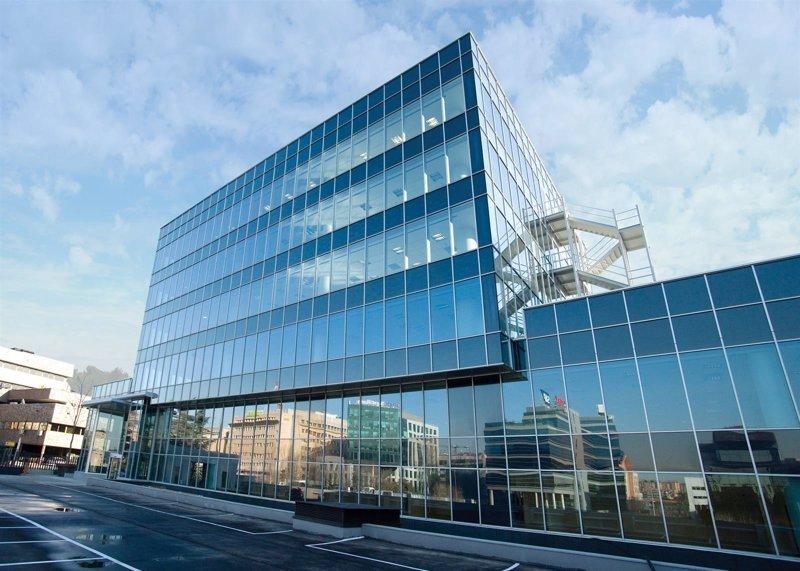 Reyal urbis alquila el edificio torrelaguna en madrid en for Oficinas de unicaja en madrid