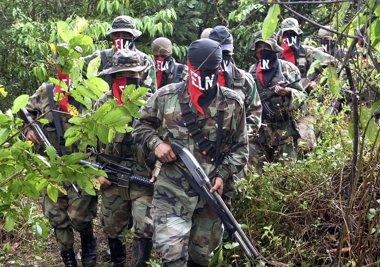 Foto: El ELN reitera su voluntad de dejar las armas e iniciar conversaciones de paz (REUTERS)