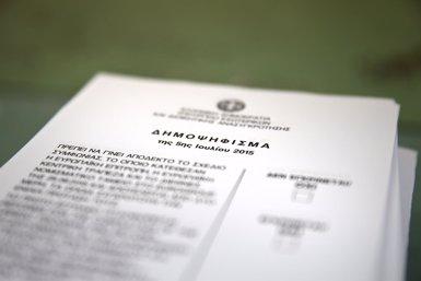 Els grecs decideixen en referèndum el futur del seu país (ALKIS KONSTANTINIDIS / REUTER)