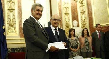 Foto: Montoro entrega a Posada el Presupuesto de 2016 y da comienzo a su tramitación (EUROPA PRESS)