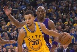 Els Golden State derroten els Lakers i aconsegueixen el millor inici històric de l'NBA (REUTERS)