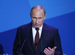 Putin aprova el desplegament de sistemes antiaeris S-400 a la base russa a Síria (POOL)