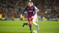 Sergi Roberto pateix una contusió al turmell dret i és dubte per rebre la Reial Societat (VÍCTOR SALGADO/FCB)