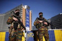 Bèlgica inculpa un sisè sospitós per participar en els atemptats de París (BENOIT TESSIER / REUTERS)