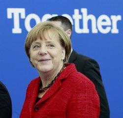 Merkel demana compromisos vinculants en la Conferència del Clima de París (EUROPA PRESS)