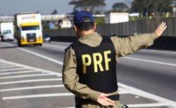 Policies maten cinc joves dins d'un cotxe a Rio de Janeiro (POLICÍA BRASILEIRA FACEBOOK)