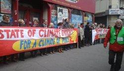 En llibertat la majoria dels més de 340 detinguts diumenge a París per la cimera del clima (TWITTER)