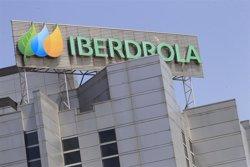 Iberdrola s'adhereix al programa de l'AMB contra la pobresa energètica (EUROPA PRESS)