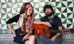 Marinah i Chicuelo exploren les fronteres de la música d'arrel a l'àlbum 'Sintonies' (TALLER DE MÚSICS)