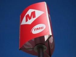 Sindicats majoritaris de bus de TMB i direcció passen un preacord de conveni (EUROPA PRESS)