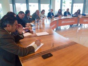 Ciudadanos reclama más coordinación entre médicos de familia y los farmacéuticos (CIUDADANOS)