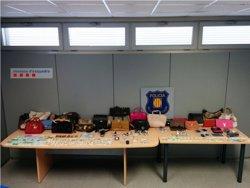 A presó dos homes per robar 8 vegades en 15 dies a Figueres (Girona) (MOSSOS D'ESQUADRA)