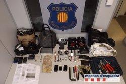 Presó per a un grup de lladres per robar en pisos de Rubí, Sant Cugat i Terrassa (MOSSOS D'ESQUADRA)