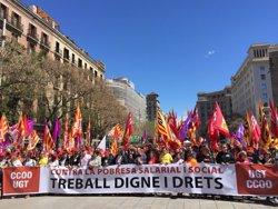 Milers de persones marxen a Barcelona per un