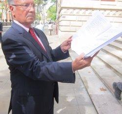 Torres demana expulsar Manos Limpias si no confirma la