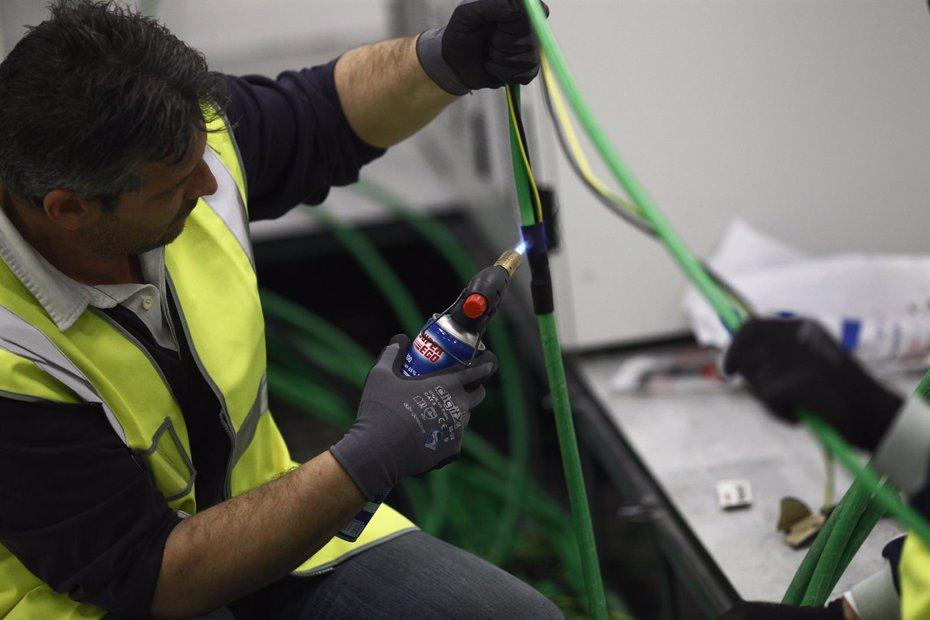 Foto: El desempleo baja en 3.130 personas en abril en Extremadura (EUROPA PRESS)