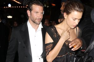 Irina Shayk y Bradley Cooper presumen de amor en la Gala Met
