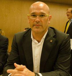Romeva nega que la renúncia del president del Cidob es degui a