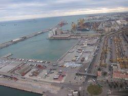 El Grup Port de Barcelona va guanyar 42,3 milions el 2015 (EUROPA PRESS)