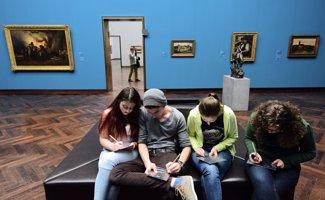 Día de los Museos: Programas para formarte en estos espacios culturales (THOMAS LOHNES/ GETTY)