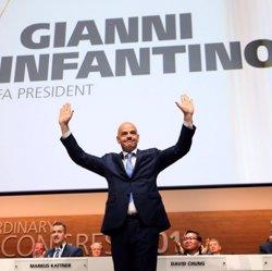 FIFA acomiada el secretari general adjunt per violar les responsabilitats fiduciàries (FIFA)
