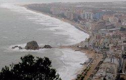Un prototip de sistema d'alerta prediu danys per temporals a la costa a vuit dies (UPC)