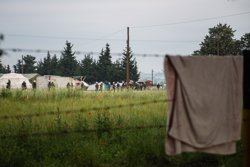 Tres famílies de refugiats sirians arriben aquest dimarts a dos municipis de Barcelona (IGNACIO MARIN/BOMBEROS EN ACCIÓN)